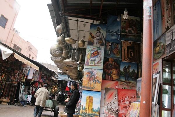 Abbildung Geschäfte in den Souks von Marrakesch