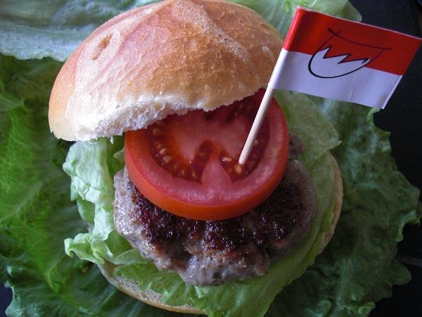 Fränkischer Burger mit Salat