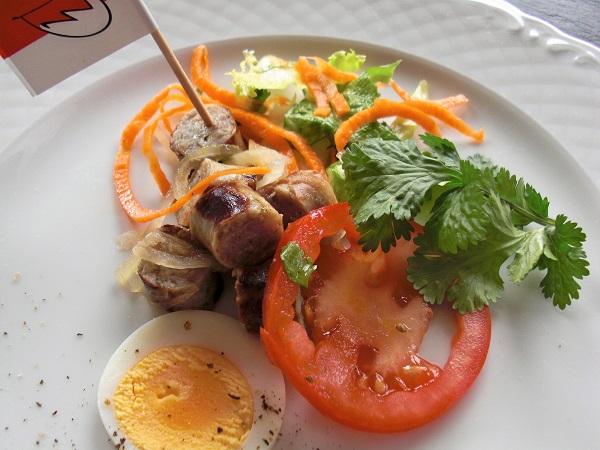 Salat aus fränkischer Bratwurst