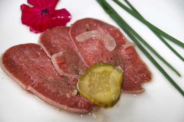 Wurstsalat mit Rinderzunge