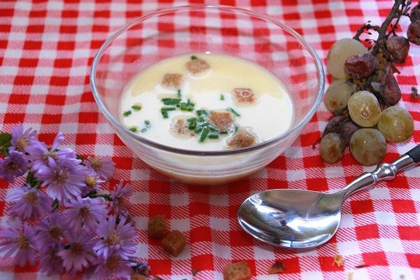 Weinsuppe aus Franken
